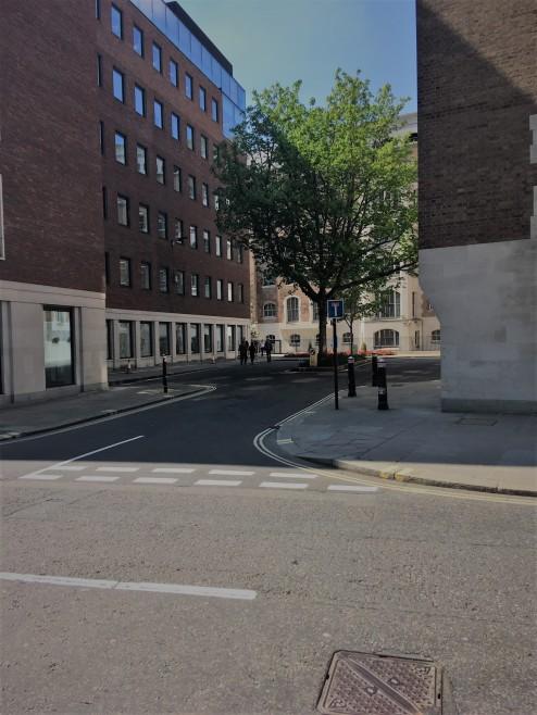 Warwick_Square,_near_St_Pauls,_City_of_London_EC4M